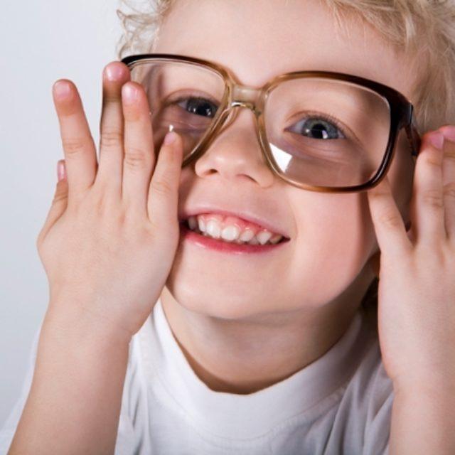 Фундаментальне значення початкової низької гостроти зору в дітей для нормального візуального розвитку