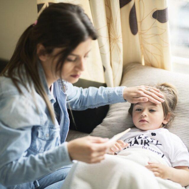 Кон'юнктивіт може бути початковою ознакою дитячого мультисистемного запального синдрому, пов'язаного із COVID-19