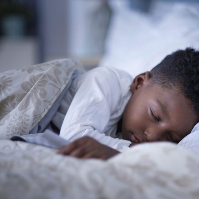Як хвороба сухого ока впливає на якість сну?