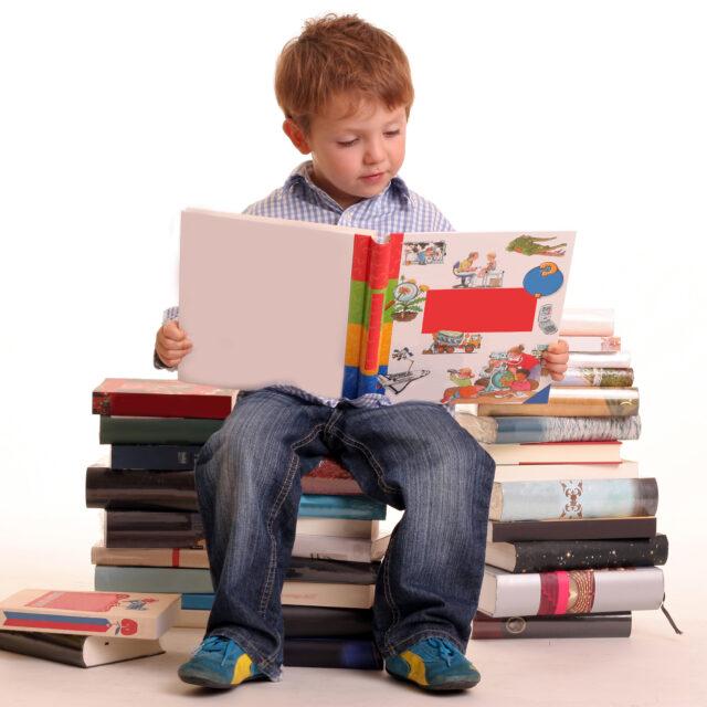 Чому ми запам'ятовуємо краще, коли читаємо друкований текст, аніж при роботі із цифровими матеріалами?