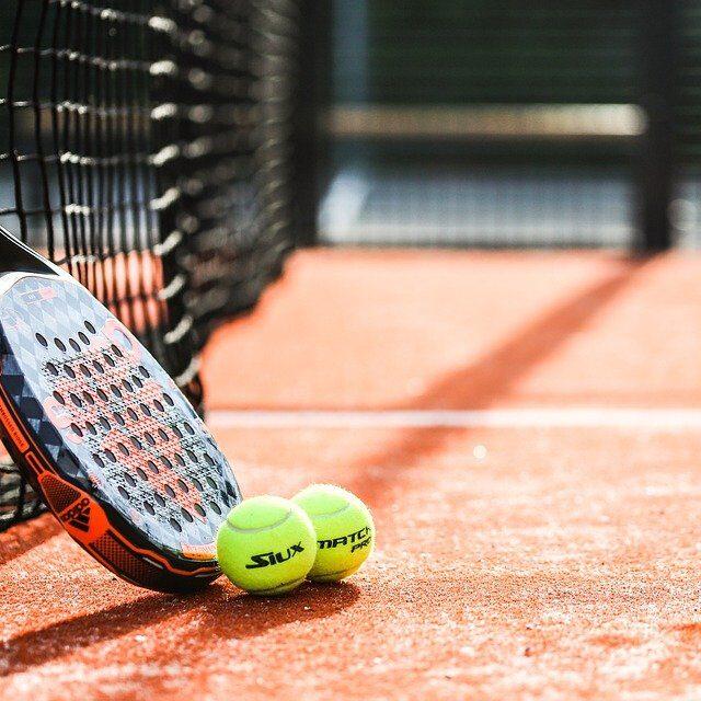 Ризики травмування очей під час спортивних ігор із ракетками